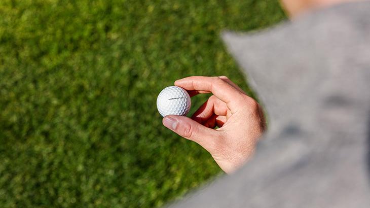 ドライバーのヘッドスピードでゴルフボールを選んでいませんか?
